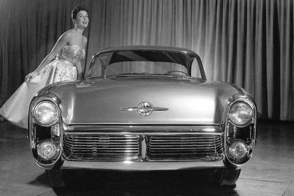 1955 Oldsmobile Delta Concept front