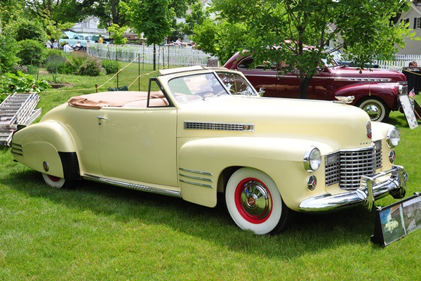 1941 Cadillac Series 62 Convertible Claude White