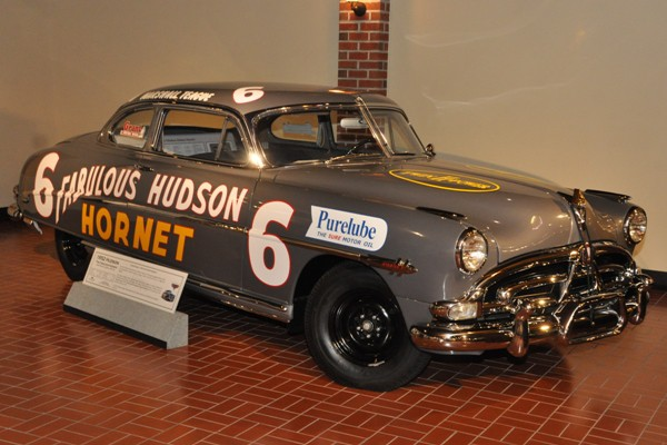 1952 Hudson Hornet Mashall Teague colors