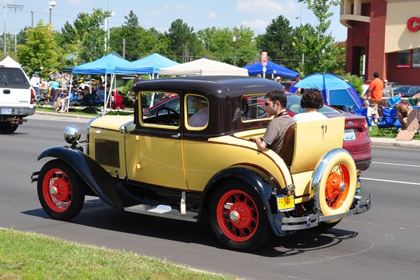 Ford Model A Deluxe Rumble Coupe