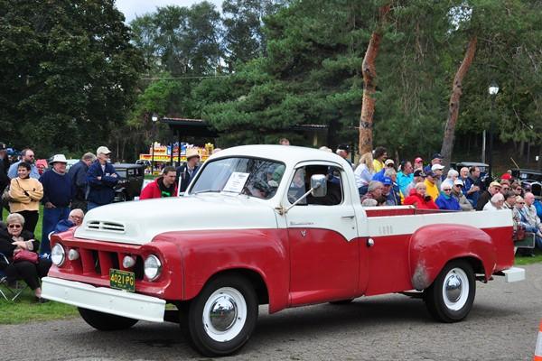 Tom and Hazel Olkowski 1959 Studebaker Deluxe 4E7 Pickup