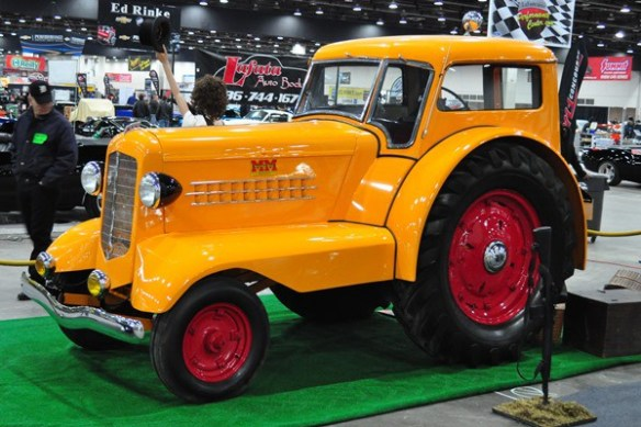 1938 Minneapolis Moline DDLX Comfortractor Schneider Tractor Collection