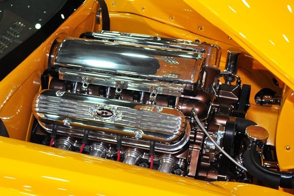 6.2L LS V8 right side