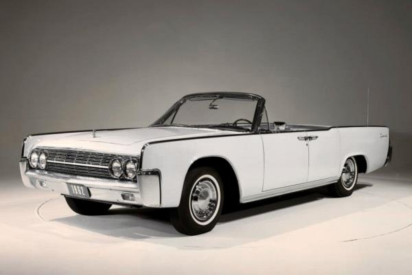 1962 Lincoln Four-Door Convertible