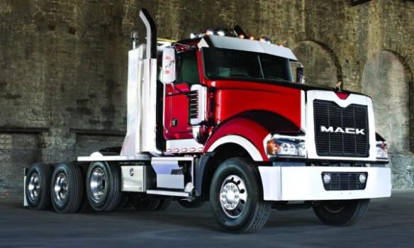 Mack Titan quad axle