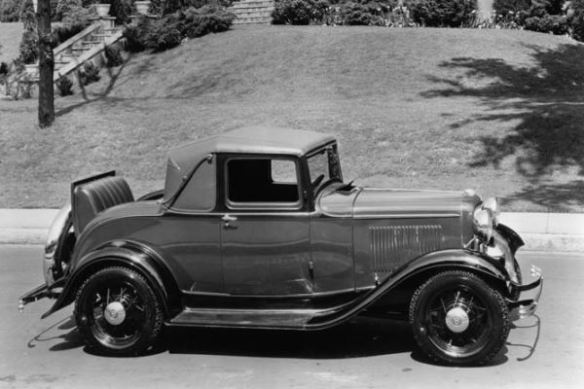 1932 Ford Sport Coupe with rumble seat