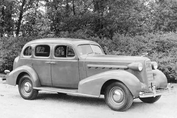 1936 LaSalle 5-Passenger Touring Sedan