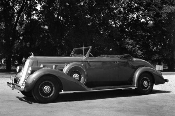 1936 Pierce Arrow 1601 Convertible Coupe