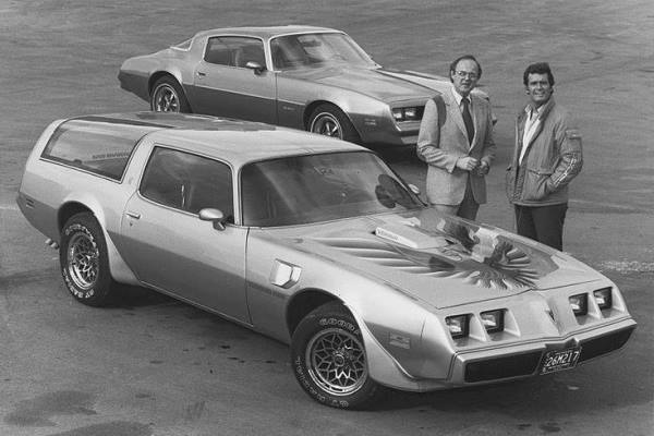 with 1978 Pontiac Trans-Am Kammback concept car