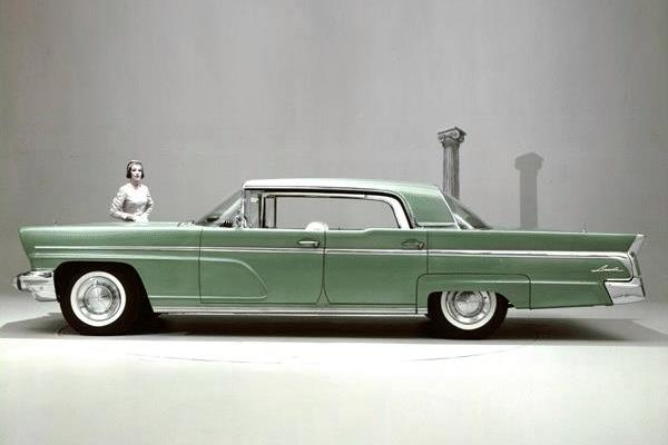 1960 Lincoln Landau