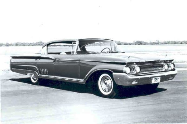 1960 Mercury Park Lane four-door hardtop