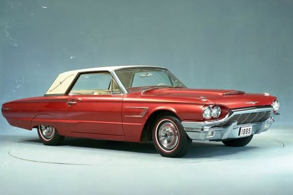 1965 Ford Thunderbird Landau red