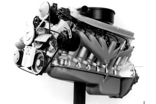 Cadillac prototype V12 1960s photo