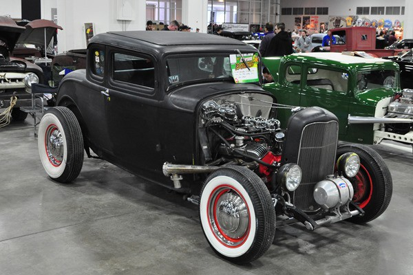 1932 Ford 5W Coupe Chevy V8 Rob Gabrjolek