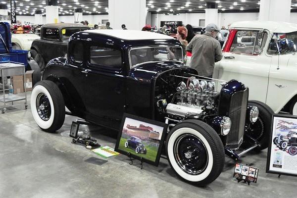 1932 Ford 5W Coupe Mike Mondrella