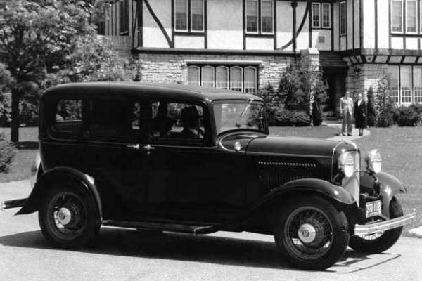 1932 Ford Deluxe Fordor Sedan