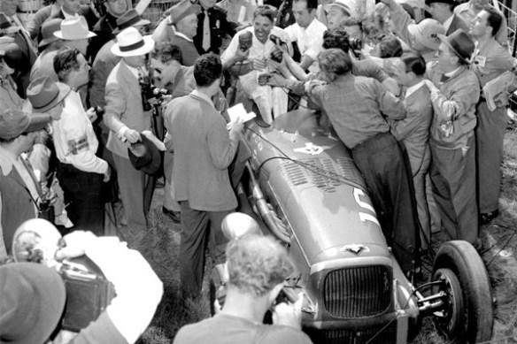 1946-George-Robson-Victory-Circle