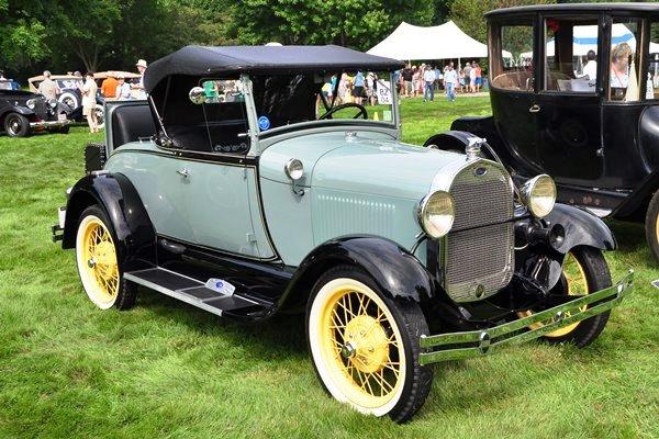1929 Ford Model A Roadster John & Denise Coburn