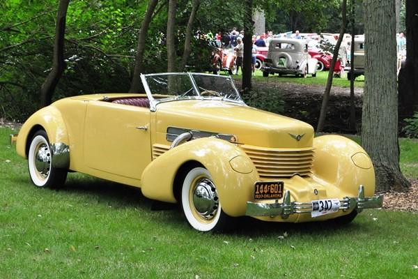 1937 Cord 812 SC Cabriolet Brad Waken
