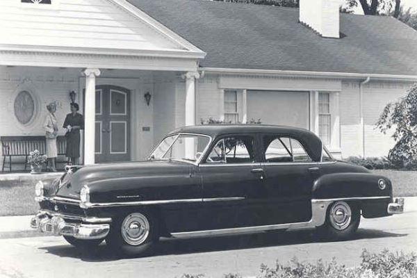 1952 Chrysler Saratoga Sedan