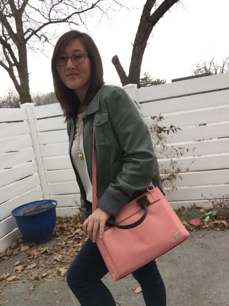 Moshi Urbana Mini in Coral Pink REVIEW