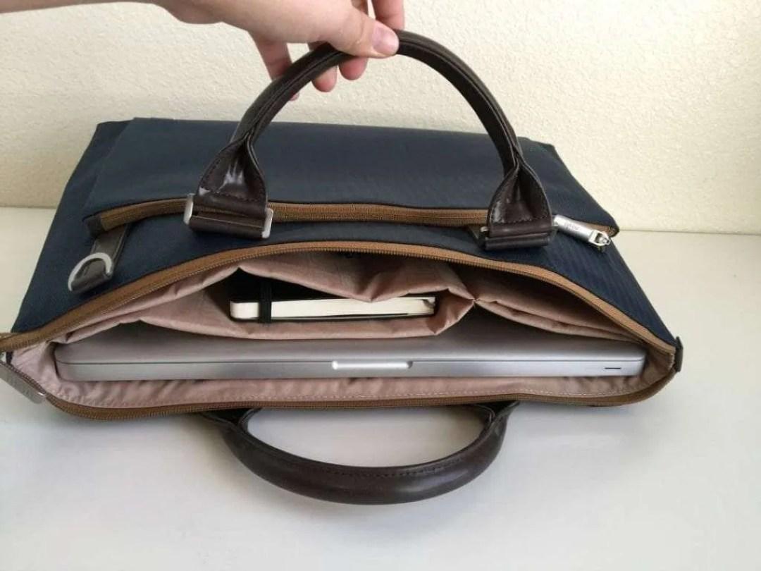 Moshi Urbana Slim Laptop Case
