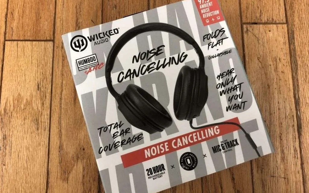 Wicked Audio HUM 800 Headphones REVIEW Comfortable Rich Sound on a Budget