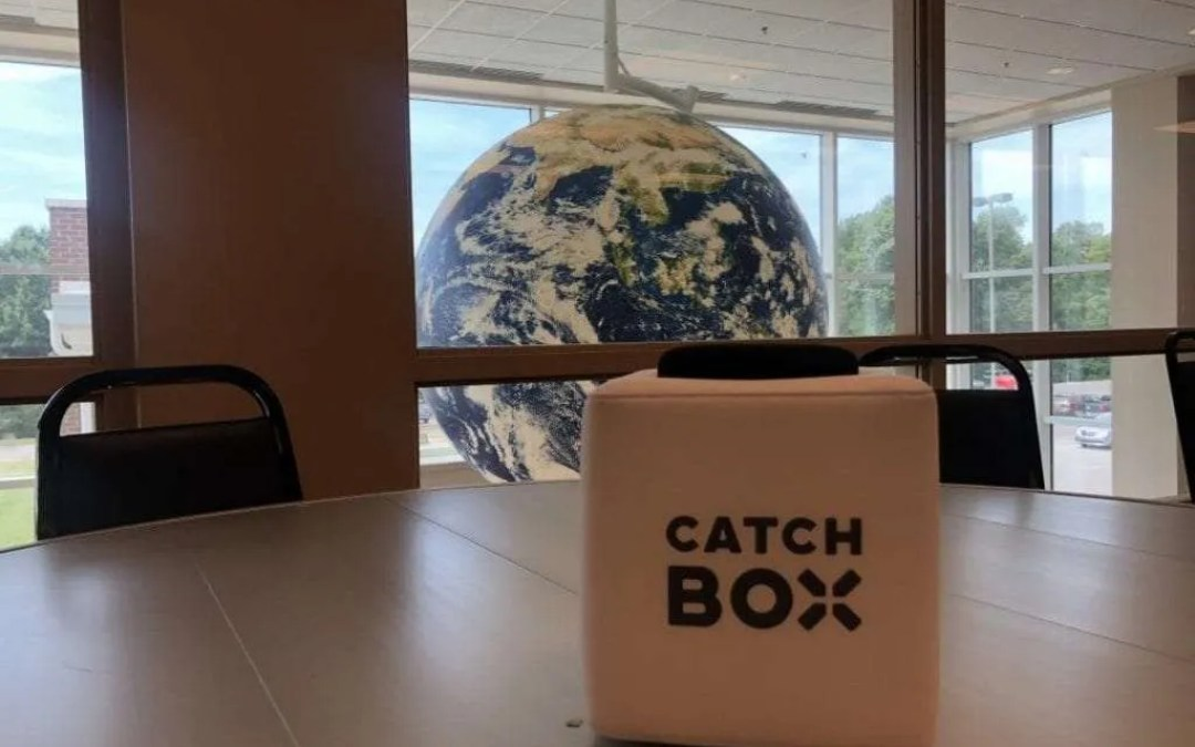 CATCHBOX Lite REVIEW Worlds First Throwable Microphone