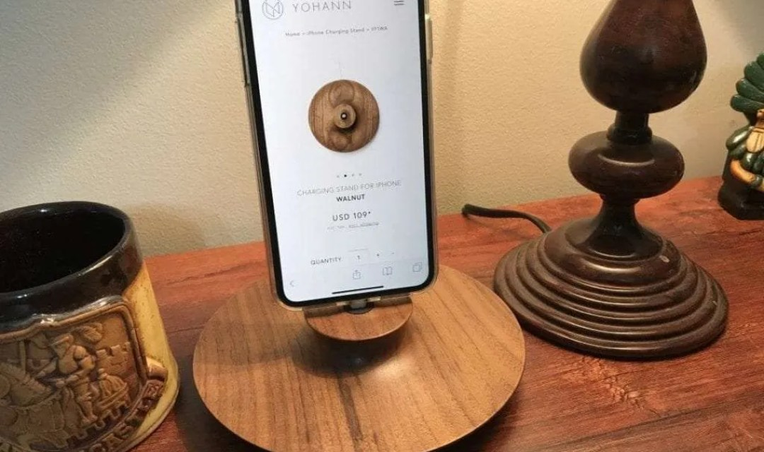 Yohann F1 iPhone Stand REVIEW Add a touch of Class to your iPhone