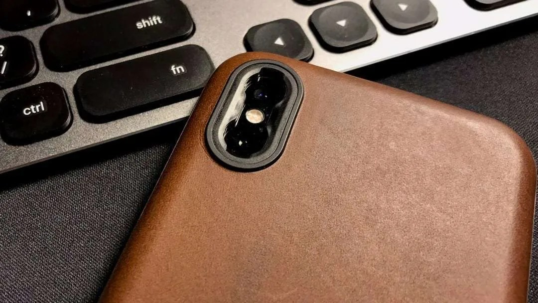 NOMAD Rugged Case iPhone XS - Moment Lens Reader REVIEW