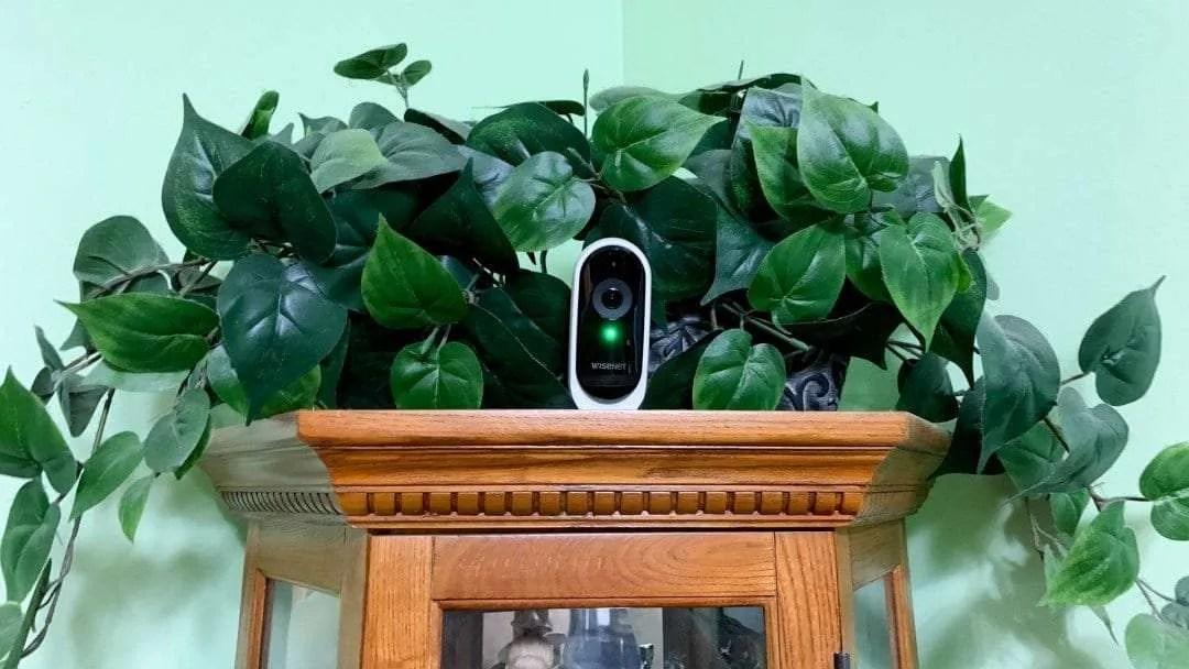 Wisenet SmartCam N1 WiFi Security Camera REVIEW