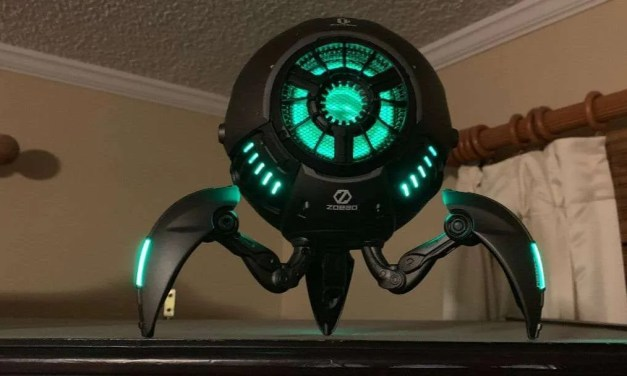 Gravastar Speaker REVIEW Futuristic Robot Speaker for Your Man Cave