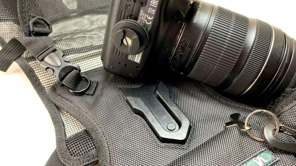 MOVO MB700 Universal Single Camera Carrying Vest Holster REVIEW