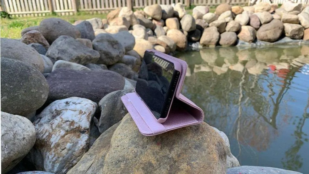 Silk Keeper of the Things Folio Wallet iPhone X Case REVIEW