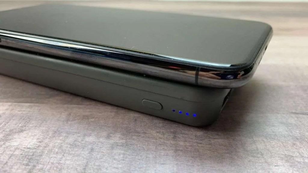 STM Goods Wireless Powerbank REVIEW