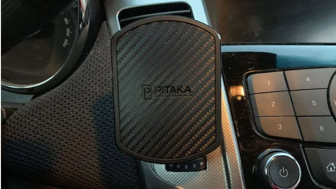 PITAKA Vent Mount REVIEW Magnetic car mount