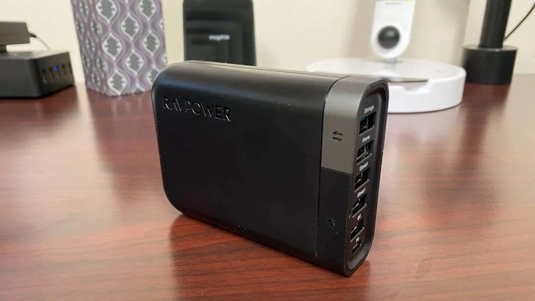 RAVPower 60W USB-C Charger 6-Port Filehub REVIEW