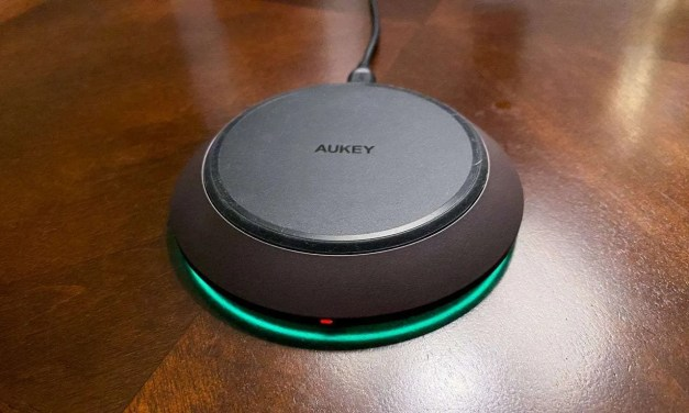 AUKEY Graphite Podium Wireless Fast Charger REVIEW