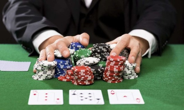 Why more players are turning to online gambling