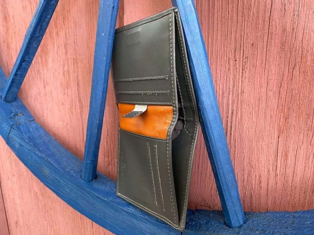 HARBER LONDON LEATHER BIFOLD WALLET WITH RFID PROTECTION REVIEW