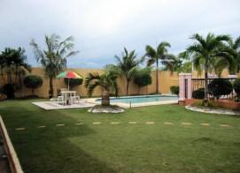 mactan-house-294-lawn-pool