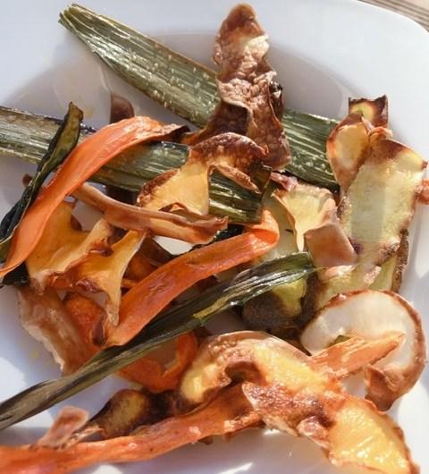 Chips d'épluchures de légumes - Recette Zéro Gaspi !