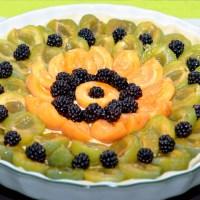 Tartes aux prunes, abricots et mûres