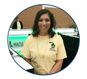 Volunteer smiling at the 2017 MACUL Conference