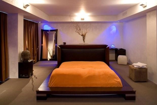 the-master-bedroom-ain-closet