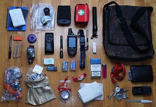 handbag-content_12