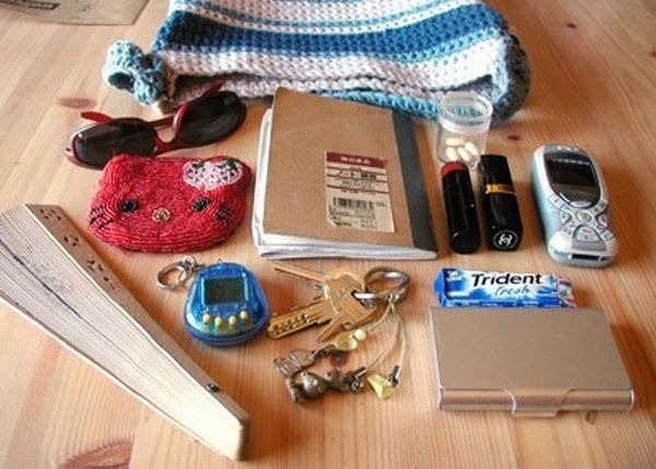 handbag-content_52