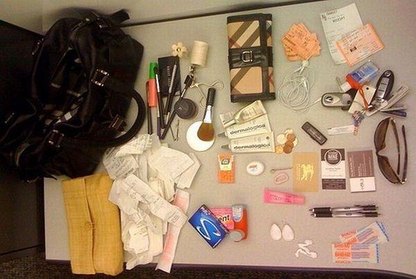 handbag-content_62