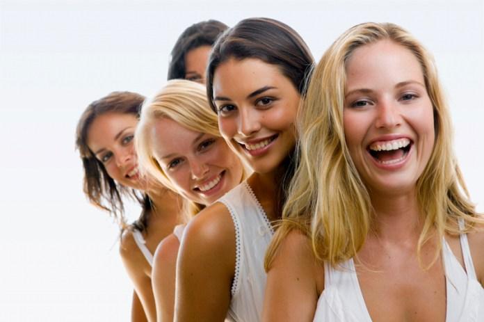 Η έρευνα μίλησε: Αυτοί είναι οι 5 τύποι γυναικών που αρέσουν στους άντρες!