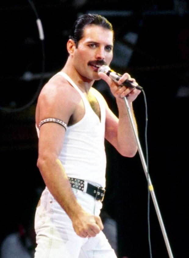 Queen top best-selling album chart